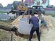 КОПКА  питьевых колодцев,  проводим воду и канализацию в дом